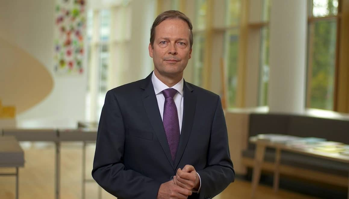 akzo-nobel-chief executive ton büchner