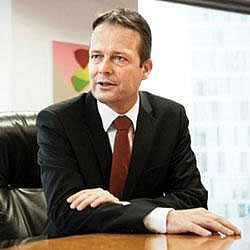 Ton Büchner Akzo Nobel CEO