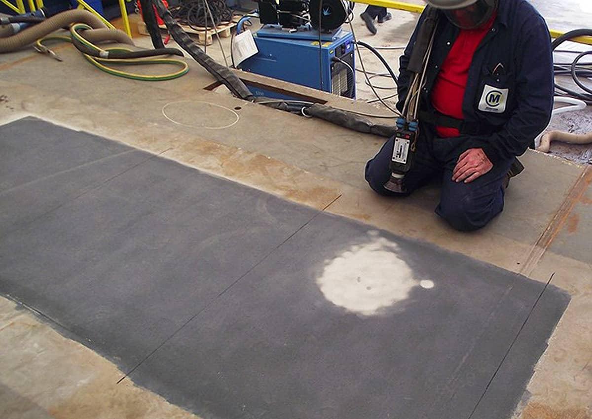 deck coating tests hms queen elizabeth