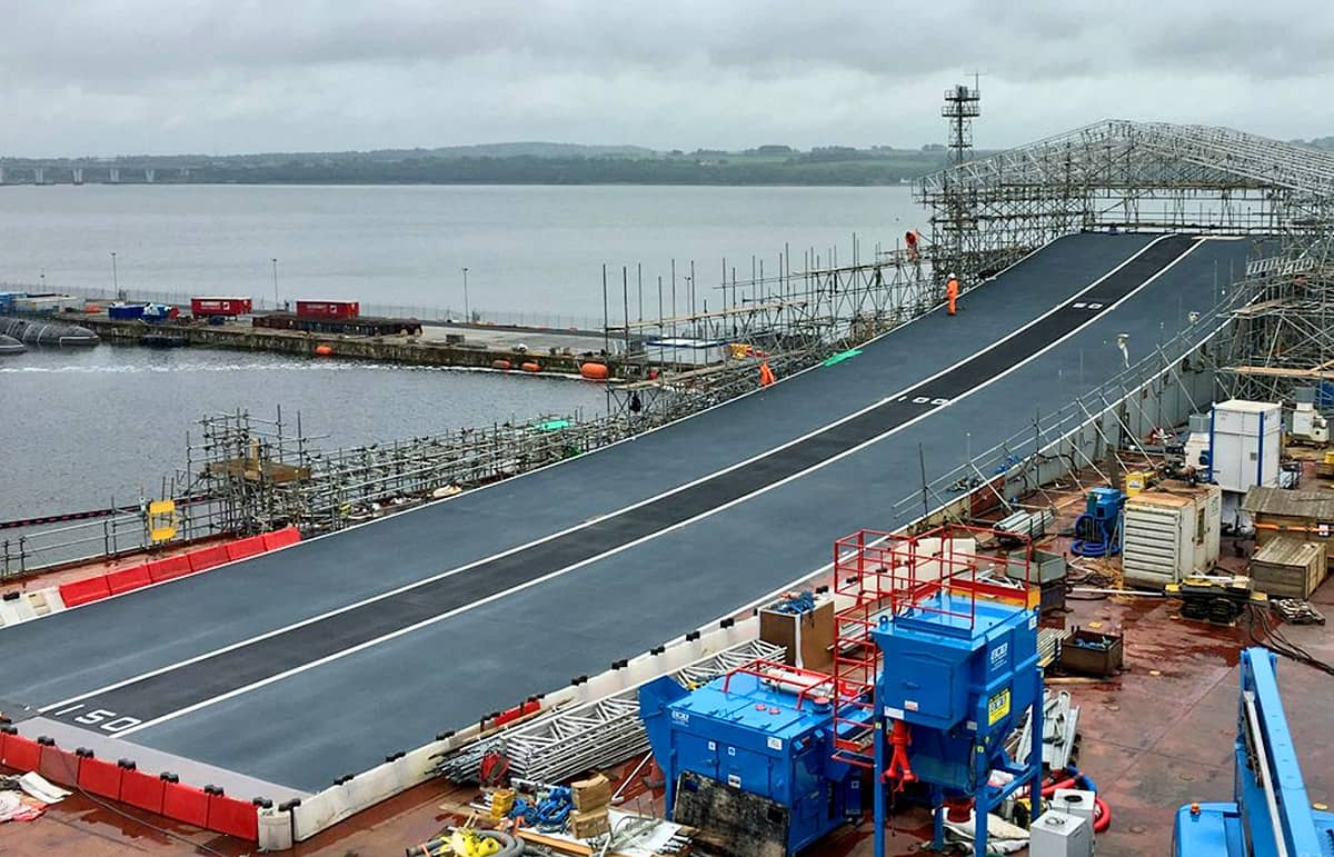 hms queen elizabeth aircraft carrier ramp coating