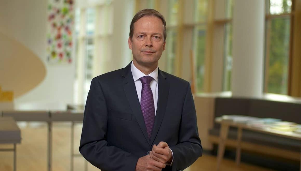 akzo-nobel-chief executive ton büchner