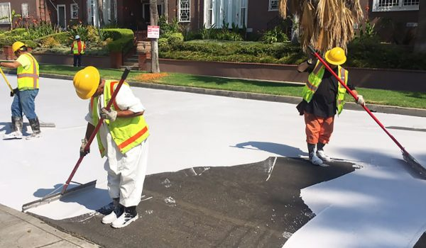 Coating streets with white paint lowers temperatures