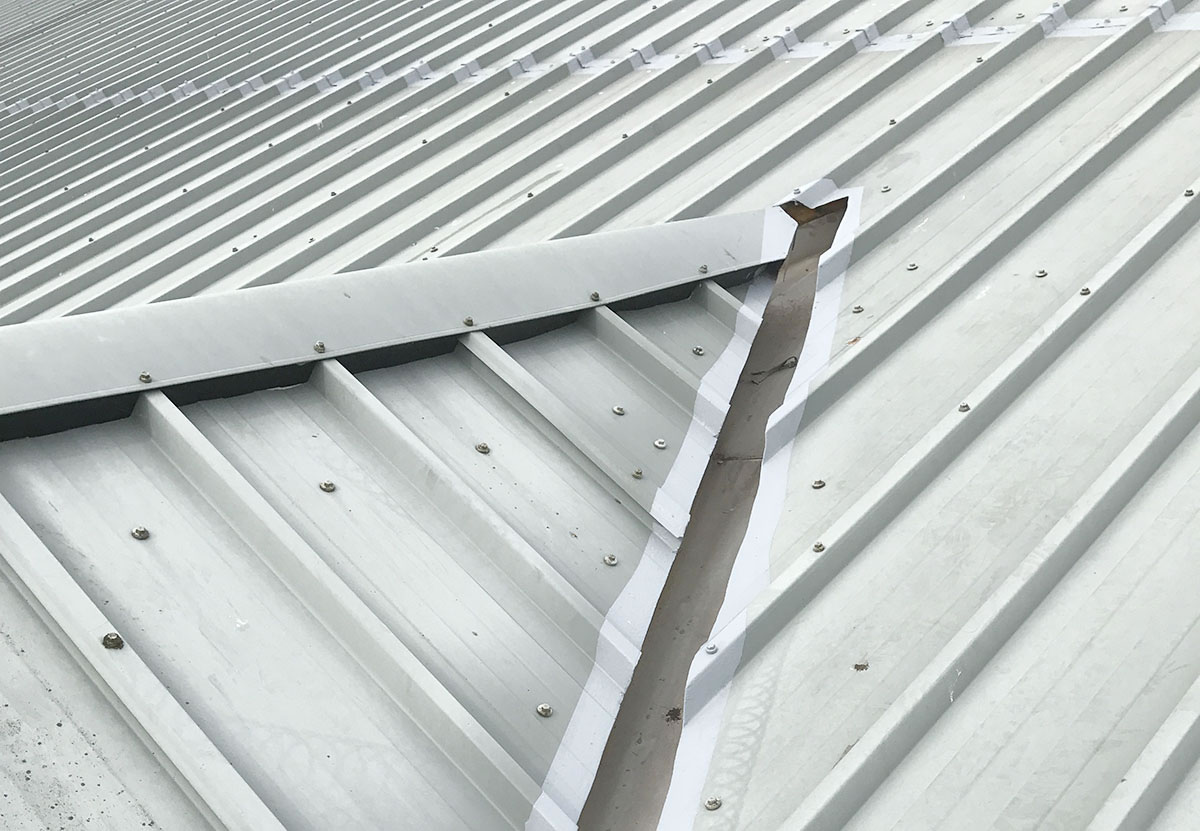 steel hip roof ridge sheet ends gutter