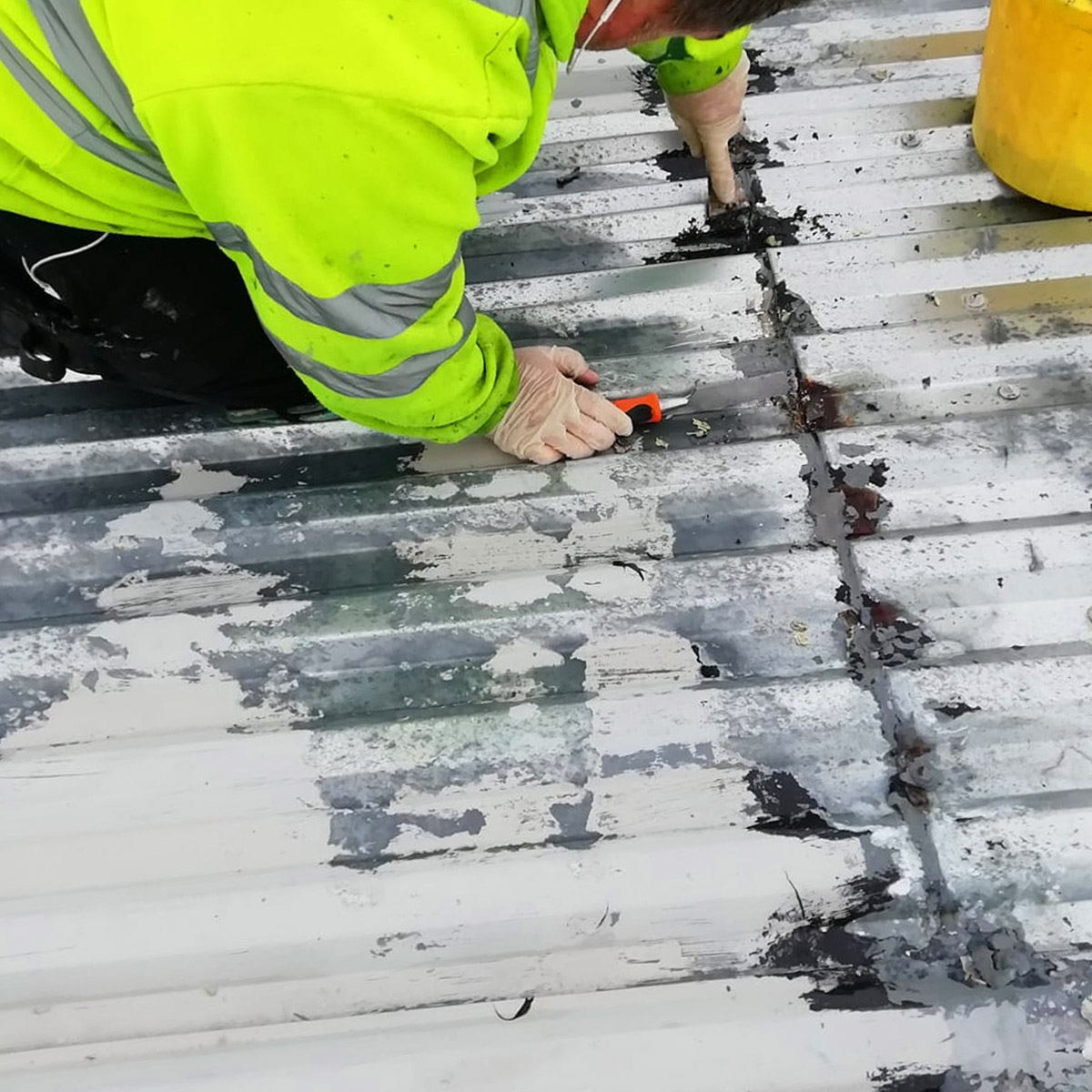roof sheet cut edge cleaning