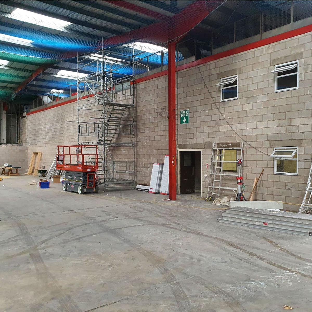 20000 sq ft distribution warehouse greater manchester